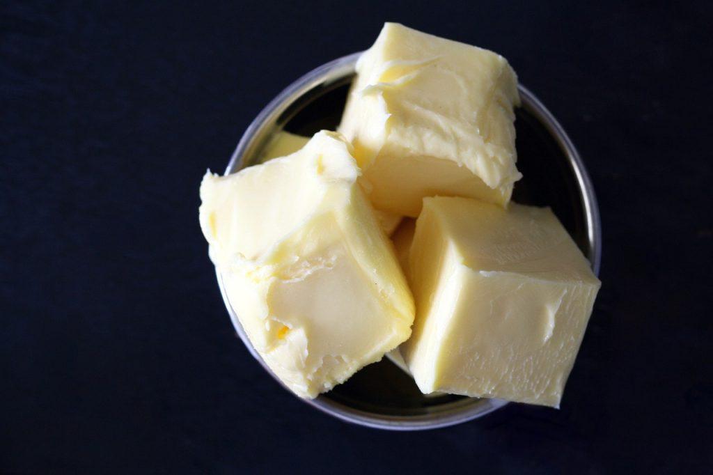 mantequilla-baja-grasas-aditivos